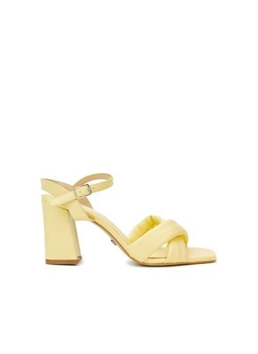 Divarese Divarese 5025370 Topuklu Lila Kadın Sandalet Sarı